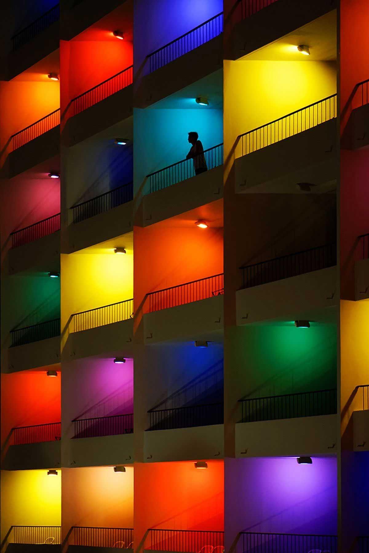Fotografie Yann Lecoeur Nachtliches Lichterspiel Lichtkunst Bilder Bunt