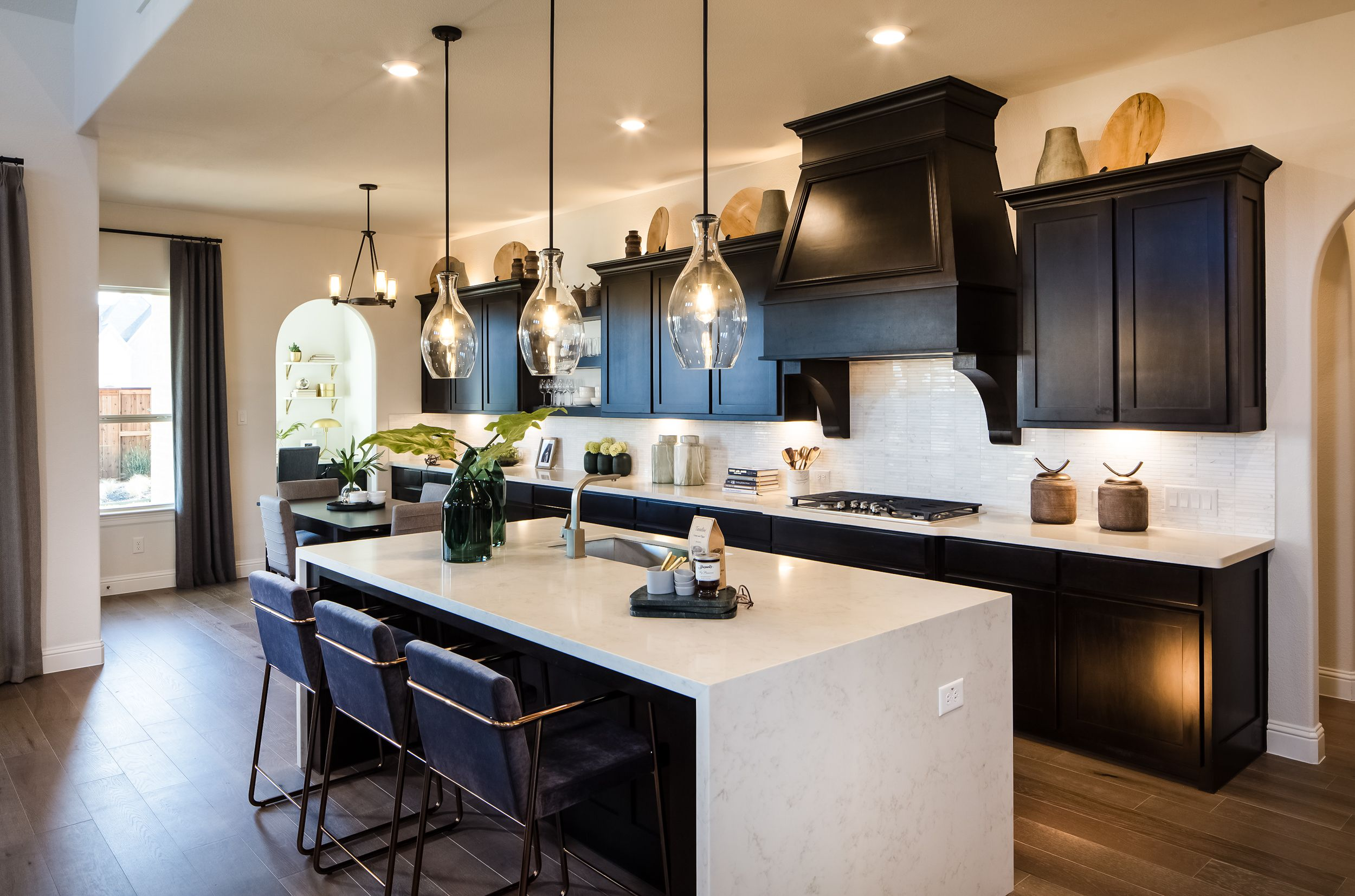 This Gourmet Kitchen Is Just The Beginning Newhomes Dfw Contemporary Kitchen Cabinets Kitchen Interior Home Kitchens