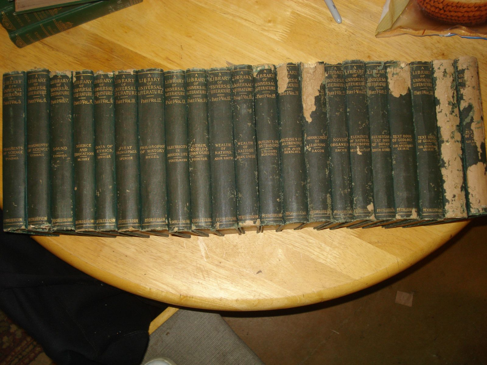 A Library of Universal Literature, 21 volumes 1901