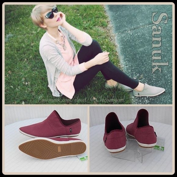 12e31bb67d1  SANUK  KATLASH CANVAS FLATS Size--7 With Tags  80 Retail + Tax  Washed  Canvas  Sleek pointed toe  Easy slip-on  Premium