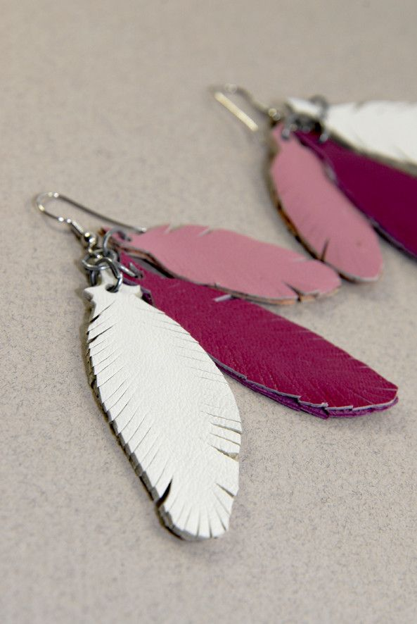 DIY-earring-feather-leather-3.jpg