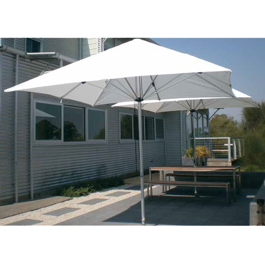 The Shade Is Always Close At Hand With A Instant Centre Post Umbrella These