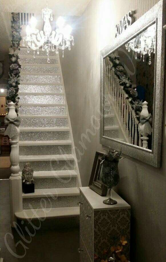 I adore this staircase pinteres for Glitter wallpaper for bedroom