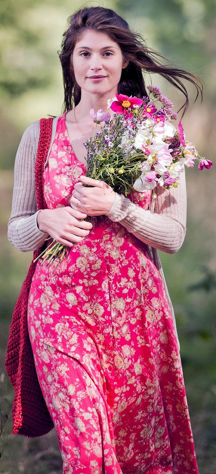 Gemma Arterton Primavera en Normandía | vestidos corto y largo ...
