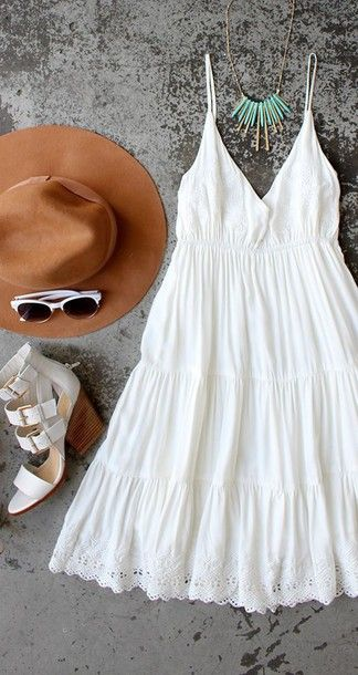 Wheretoget - White boho lace dress, gold & turquoise necklace, camel hat, white sunglasses and white platform heels sandals