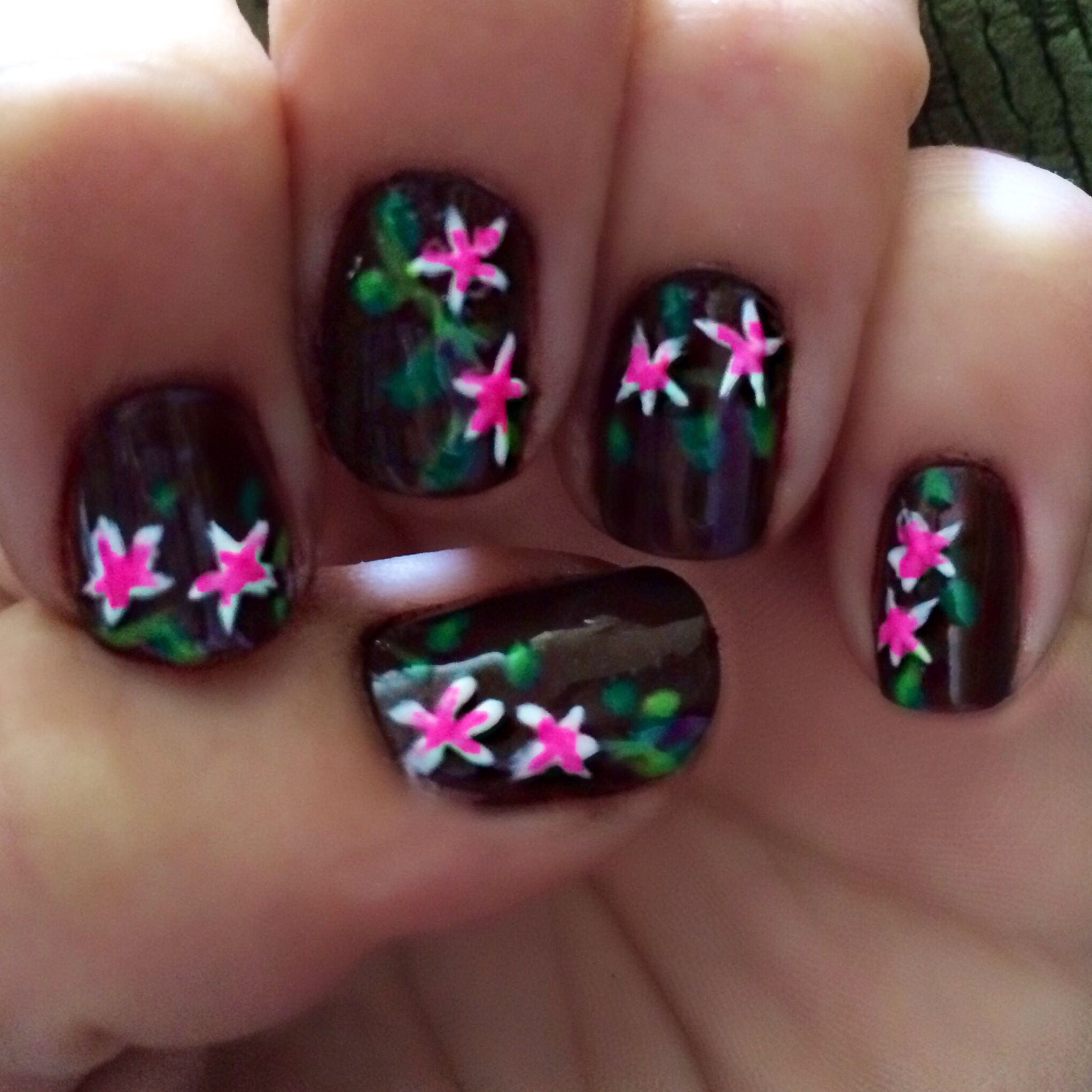Diy Plumeria Nail Art Manicure For A Tropical Or Hawaii Theme