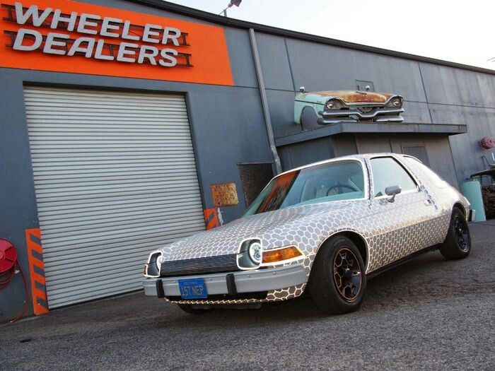 Wrap From Tv Show Wheeler Dealers Reflective Vinyl - Classic car studio tv show