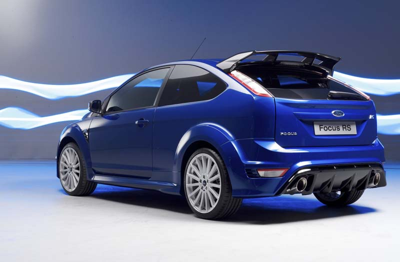 The Ford Focus Rs Wrc Is A Car Built For The Ford World Rally Team By Ford And M Sport And Based On The Ford Focus Climate 2 Litre Produc Ford Focus Focus