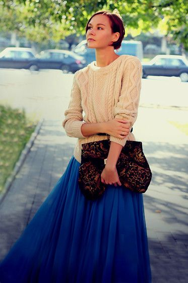 Lidia Lookbook - Asos Maxi Skirt, Asos Clutch, Knit And Cute Sweater