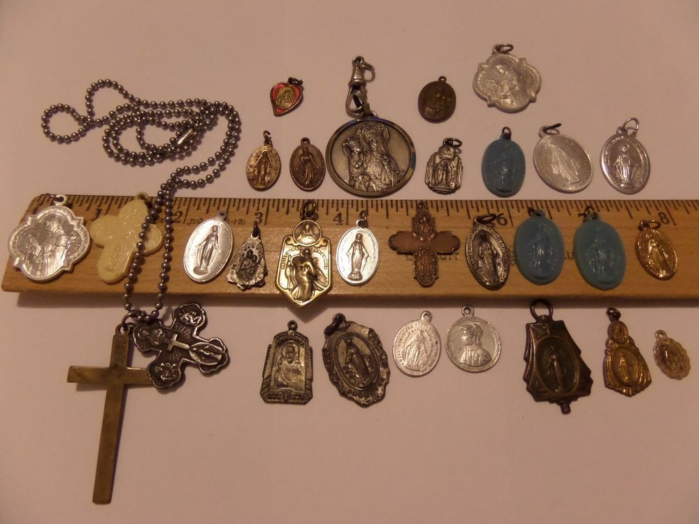 vintage 30 lot religious charms pendants charms medals christian