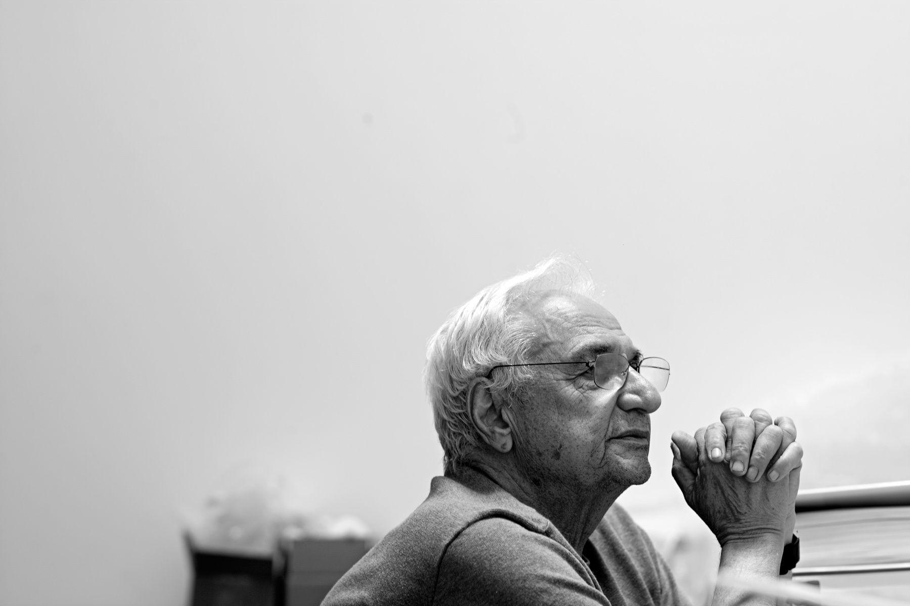 Frank Gehry   Frank gehry, Walt disney concert hall ...
