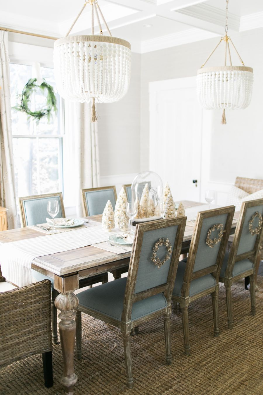 A Magical Holiday Home Tour with a Strong Mantel Game   Mantels ...