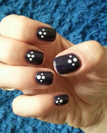Hybrid nails with dots | Nails | Pinterest