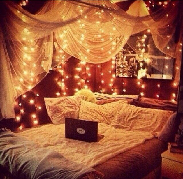 Fairy lights around the bed great idea for a little girls room comfycozy for those bedtime stories little girls room this would look great in my