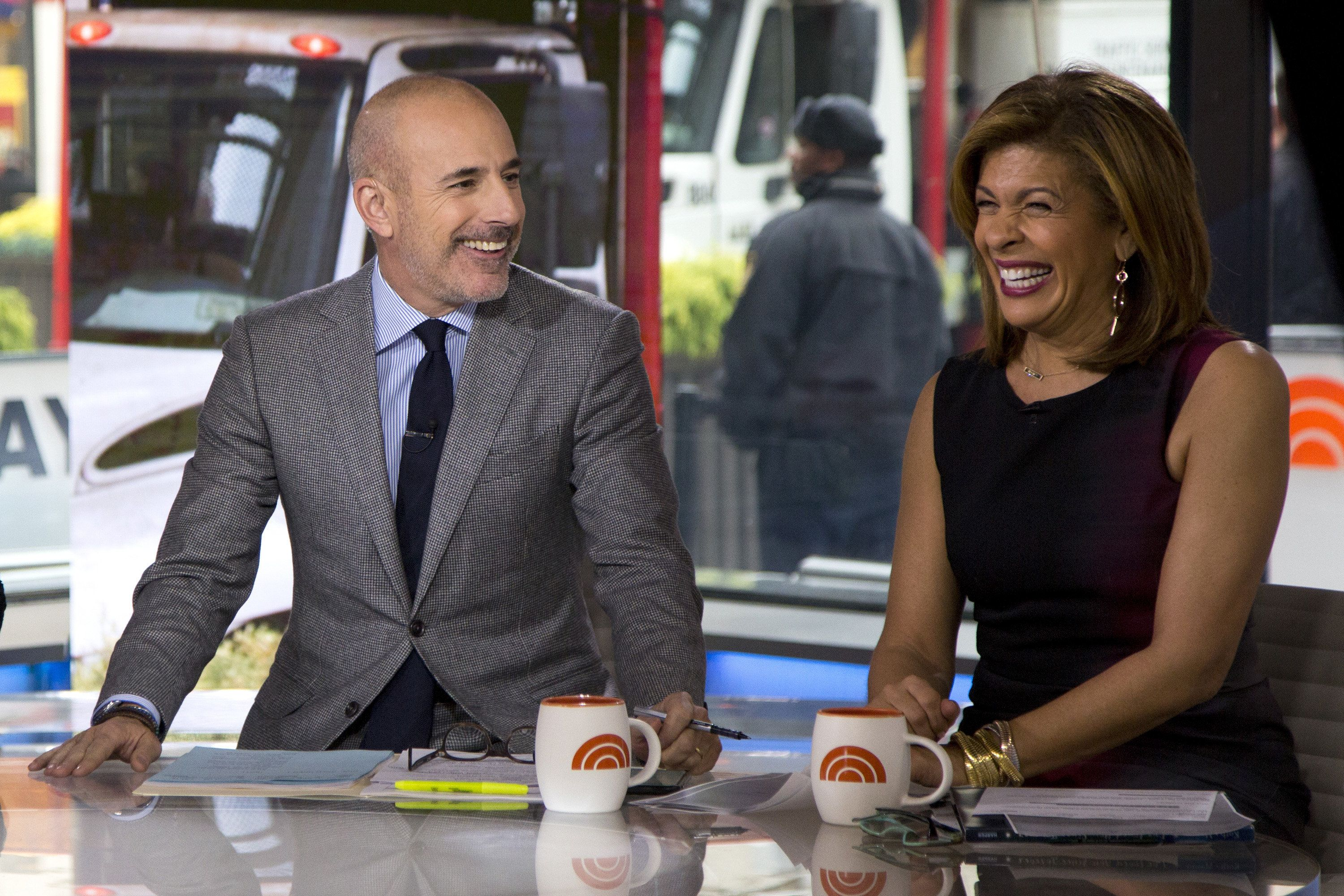 Cmon Sexism Is At Least Part Of The Reason Hoda Kotb Making Less Than Matt Lauer