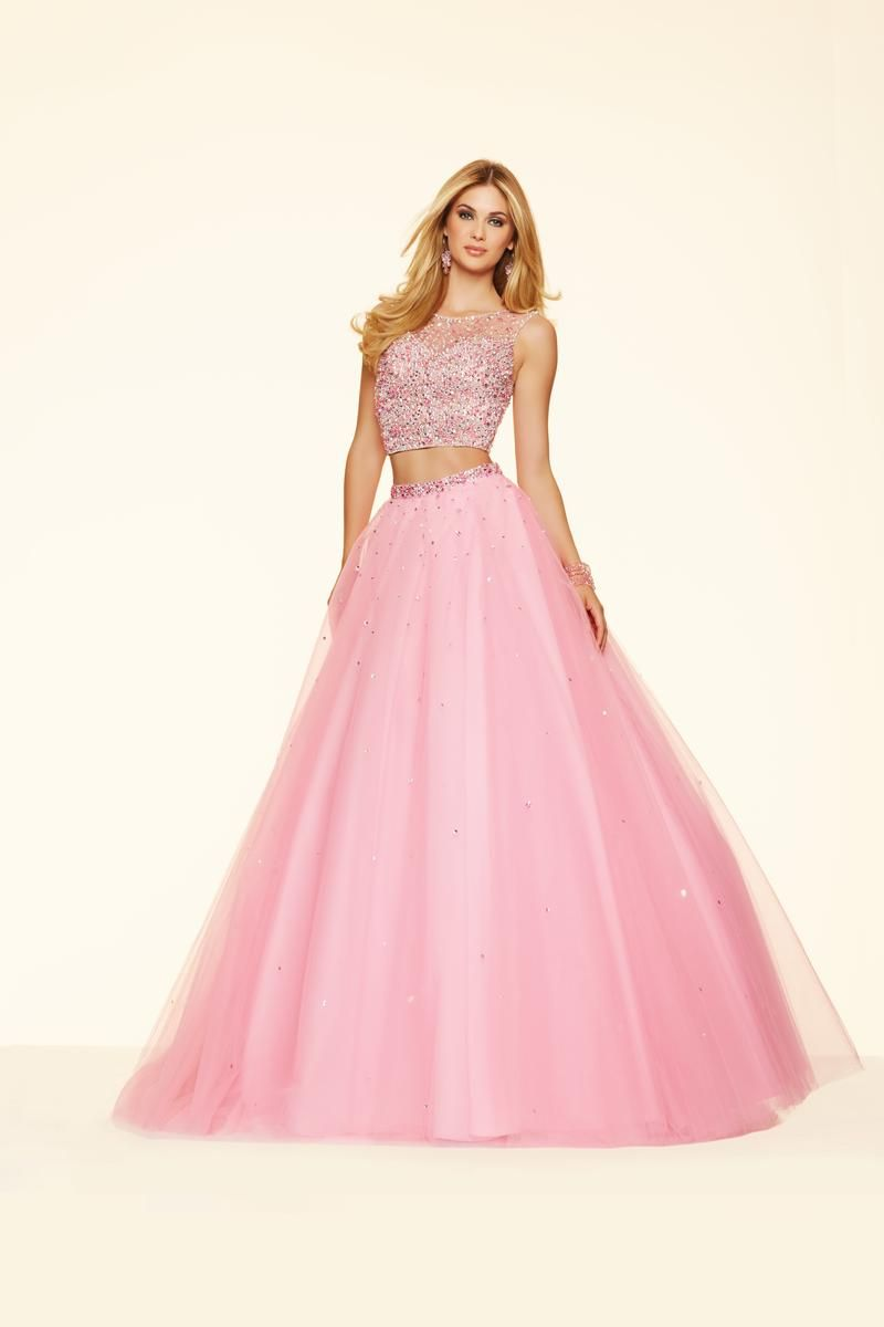 Size 2 Bubble Mori Lee Paparazzi 98101 is a two Piece cap sleeve ...