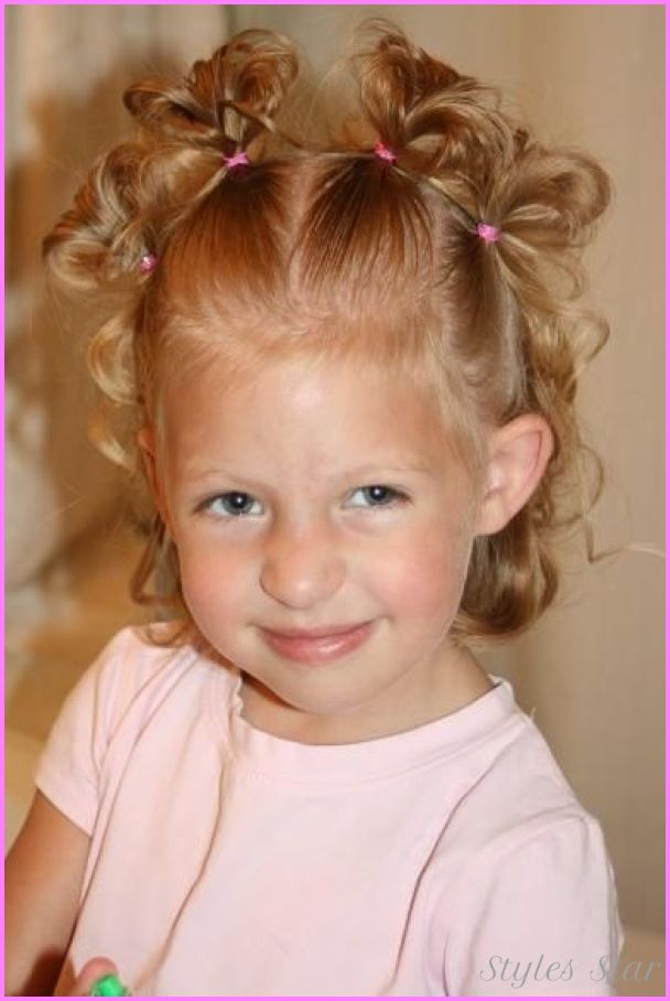 Cool Hairstyles For Toddlers With Curly Hair Girl Hairstyles Curly Hair Styles Little Girl Curly Hair