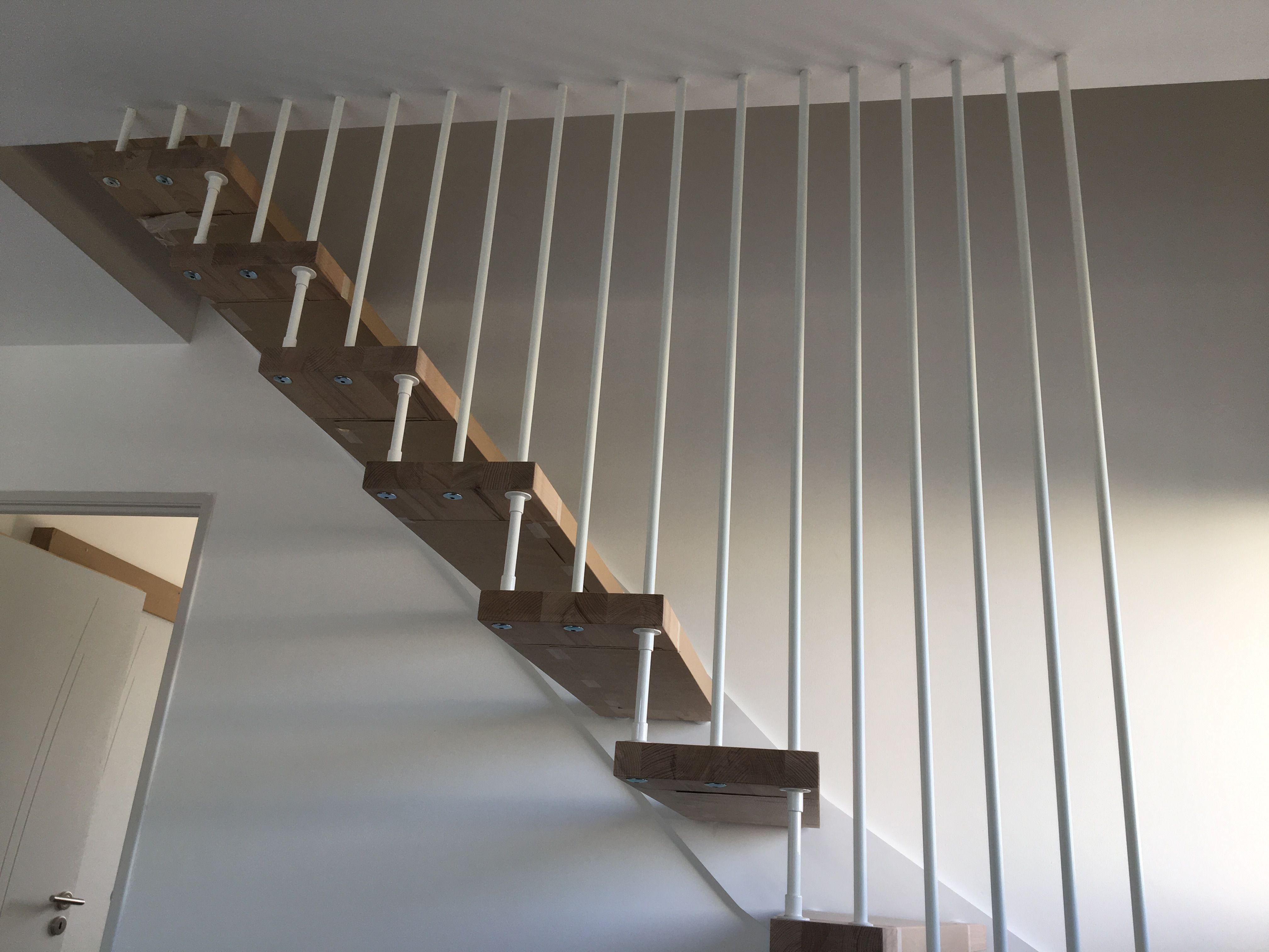 Escalier Nova R6 Avec Harpe Blanche Stairs Decor Home Decor