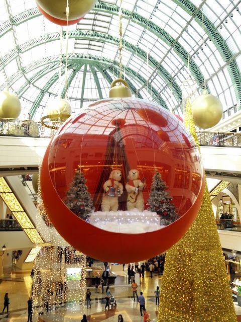 Christmas In Dubai Christmas Interiors Christmas Deco Christmas Decorations