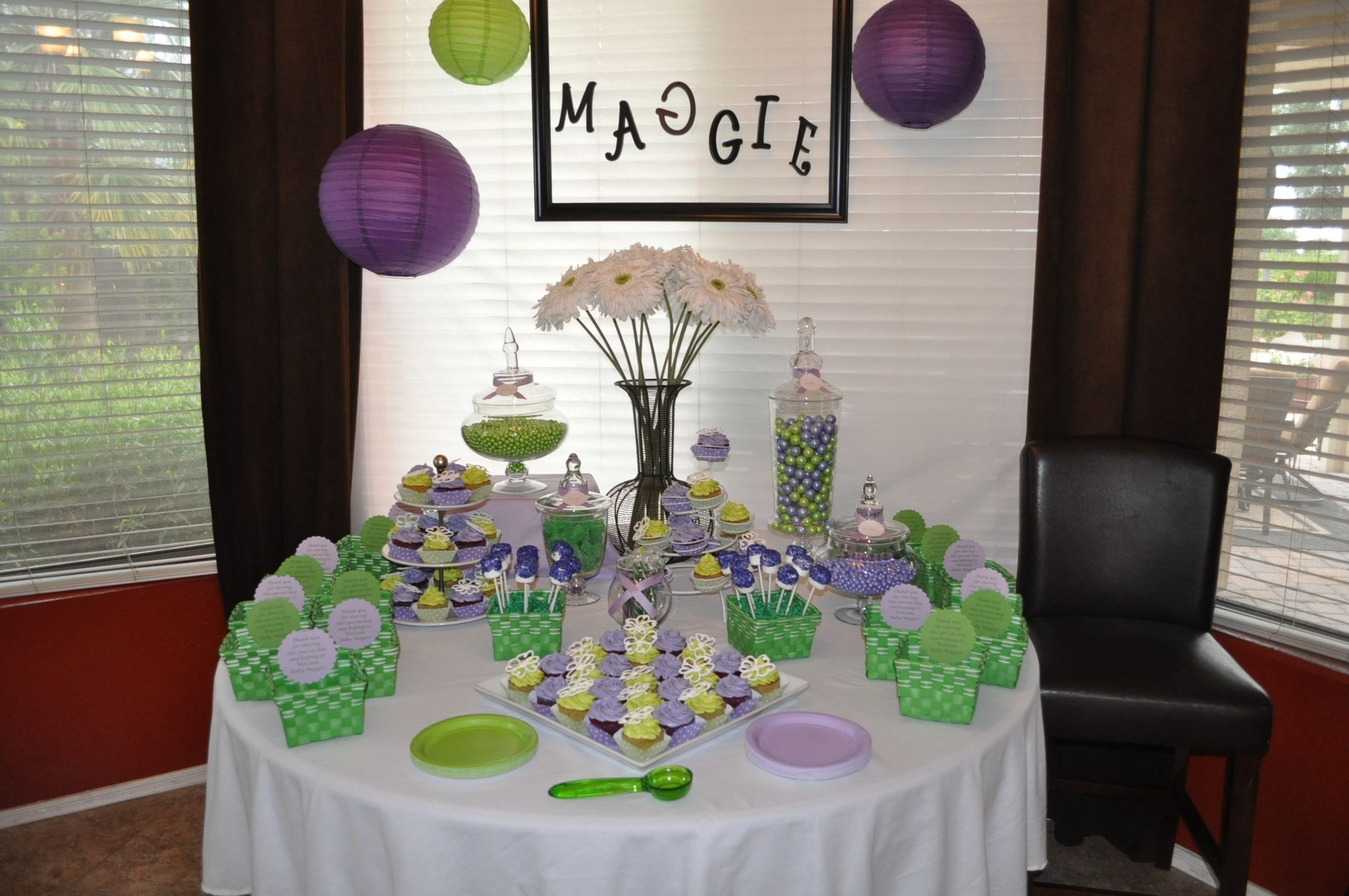 green and violet decorations for a baby shower party. we love how, Baby shower invitation