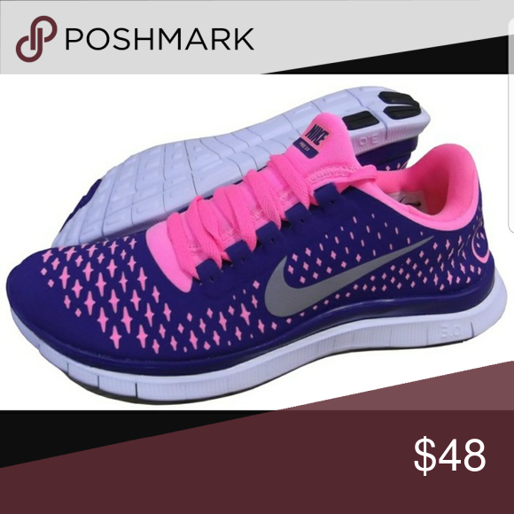 new style d9d47 ffd8c Nike free 3.0 V4 women s running shoes Pre owned in excellent condition.  Really nice light weight shoes. Color is purple blue with neon bright pink.