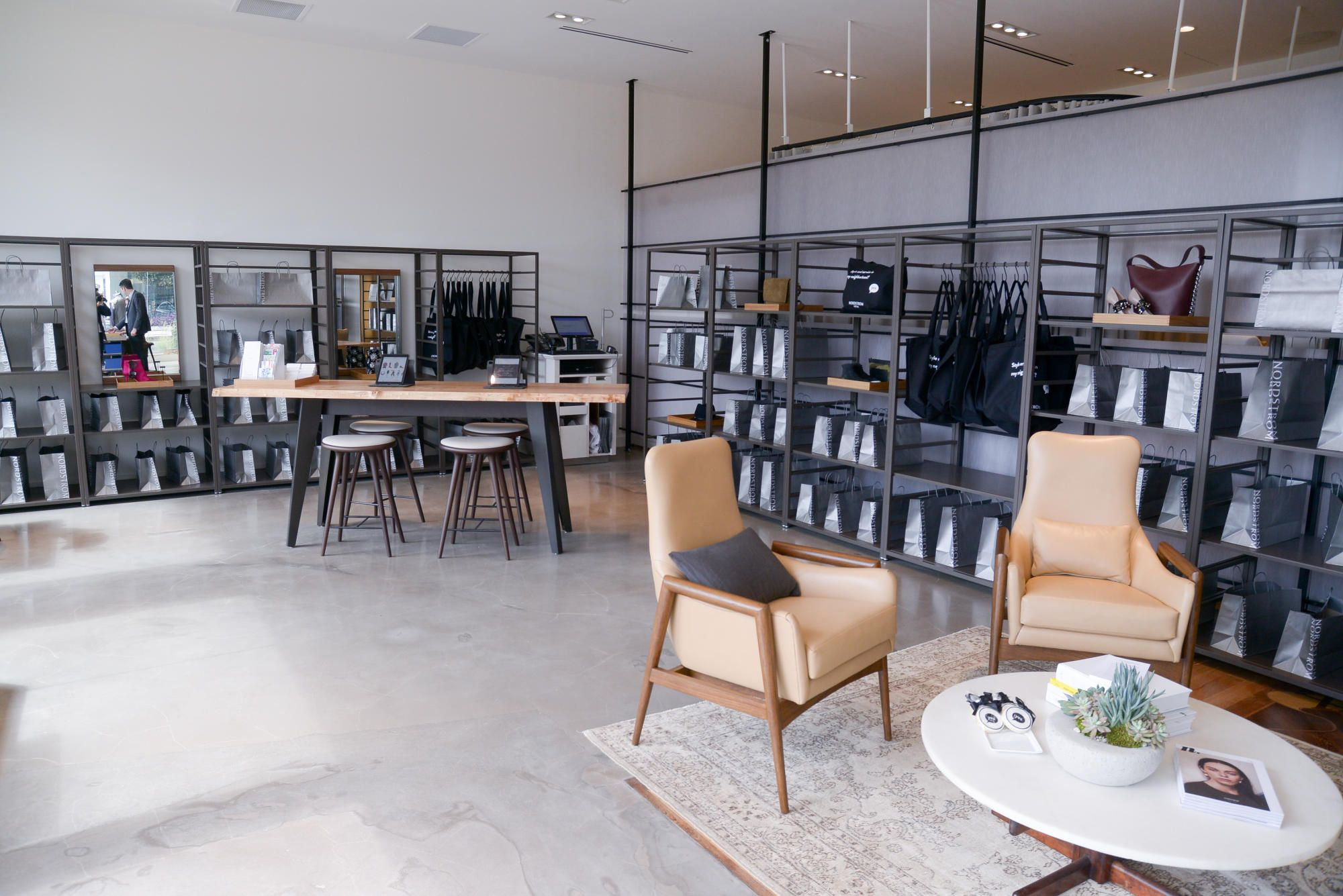 Incredible Why Nordstroms New Store Has No Inventory 1 Outdoor Home Interior And Landscaping Staixmapetitesourisinfo