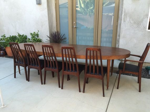 Huge Vintage Mid Century Dining Table By Baker Furniture Seats