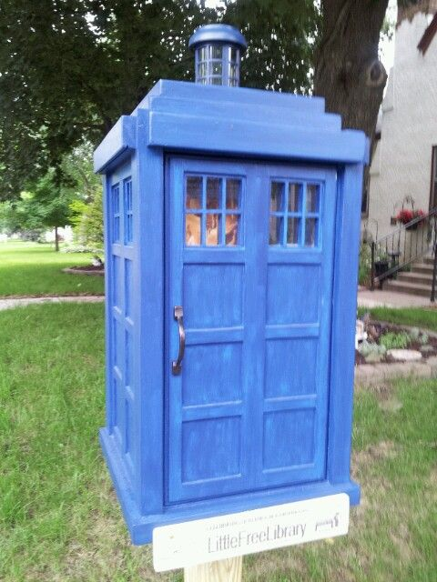 Dr Who little free library