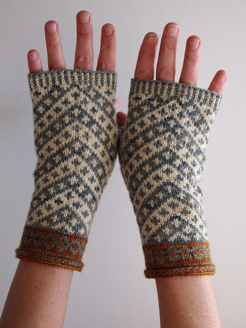 202c1dc2469 Vagabond Fingerless Mitts pattern by Misa Erder | socks | Fingerless ...