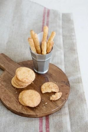 LisaKnowsTea: Cheese Straws