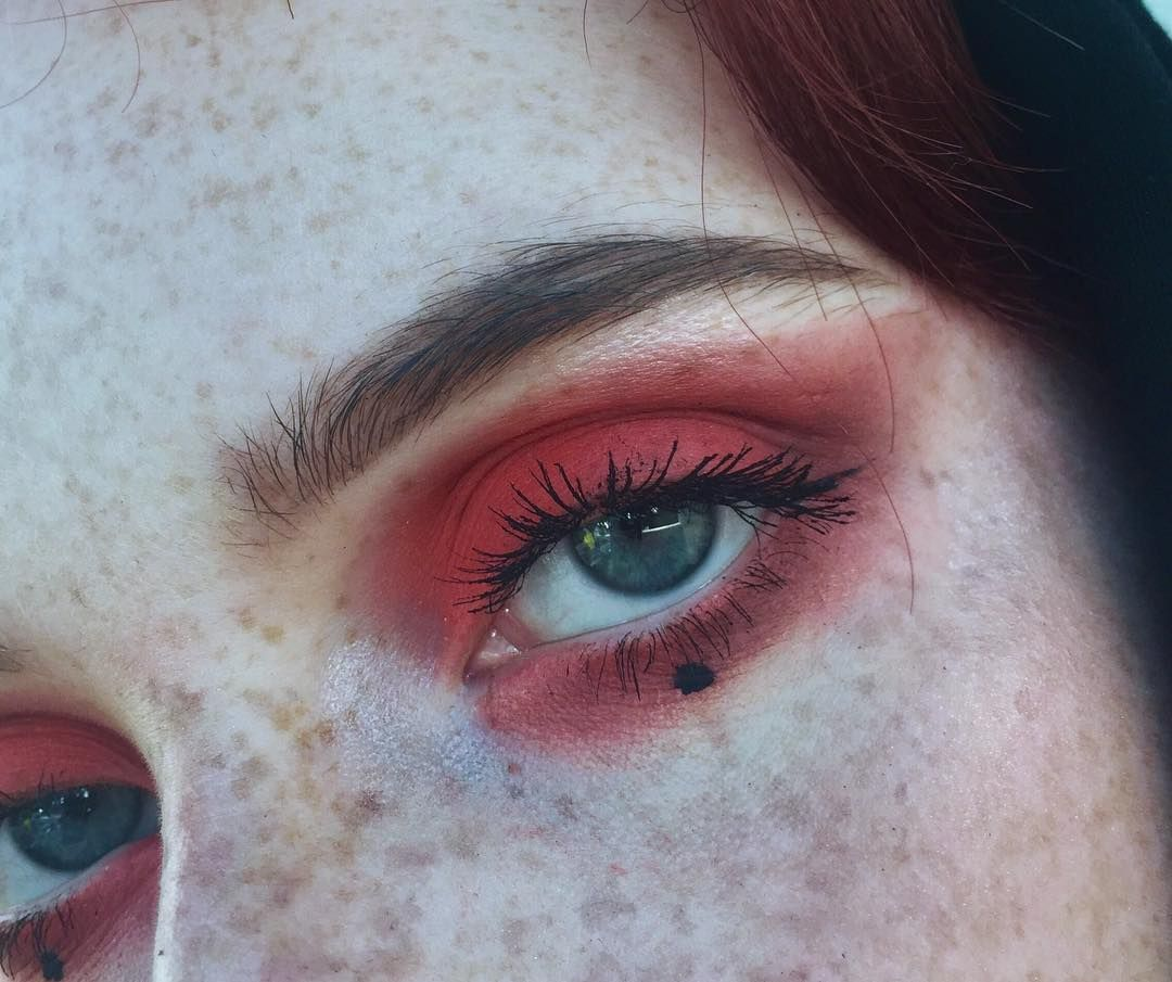 Pin by Siri Wheeler on Makeup in 2020 Face art, Makeup, Face