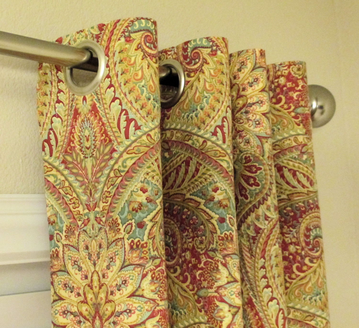 Waverly Paisley Swept Away Berry Curtains Grommet 63 72 84 90 96 ...