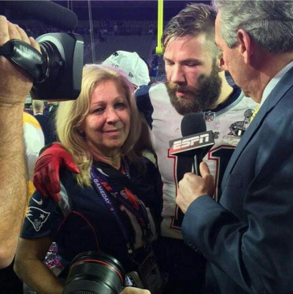 Chasing Dreams On Julian Edelman New England Patriots Merchandise Superbowl Champions