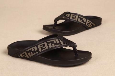44e3c3652 Men s Fendi Slippers