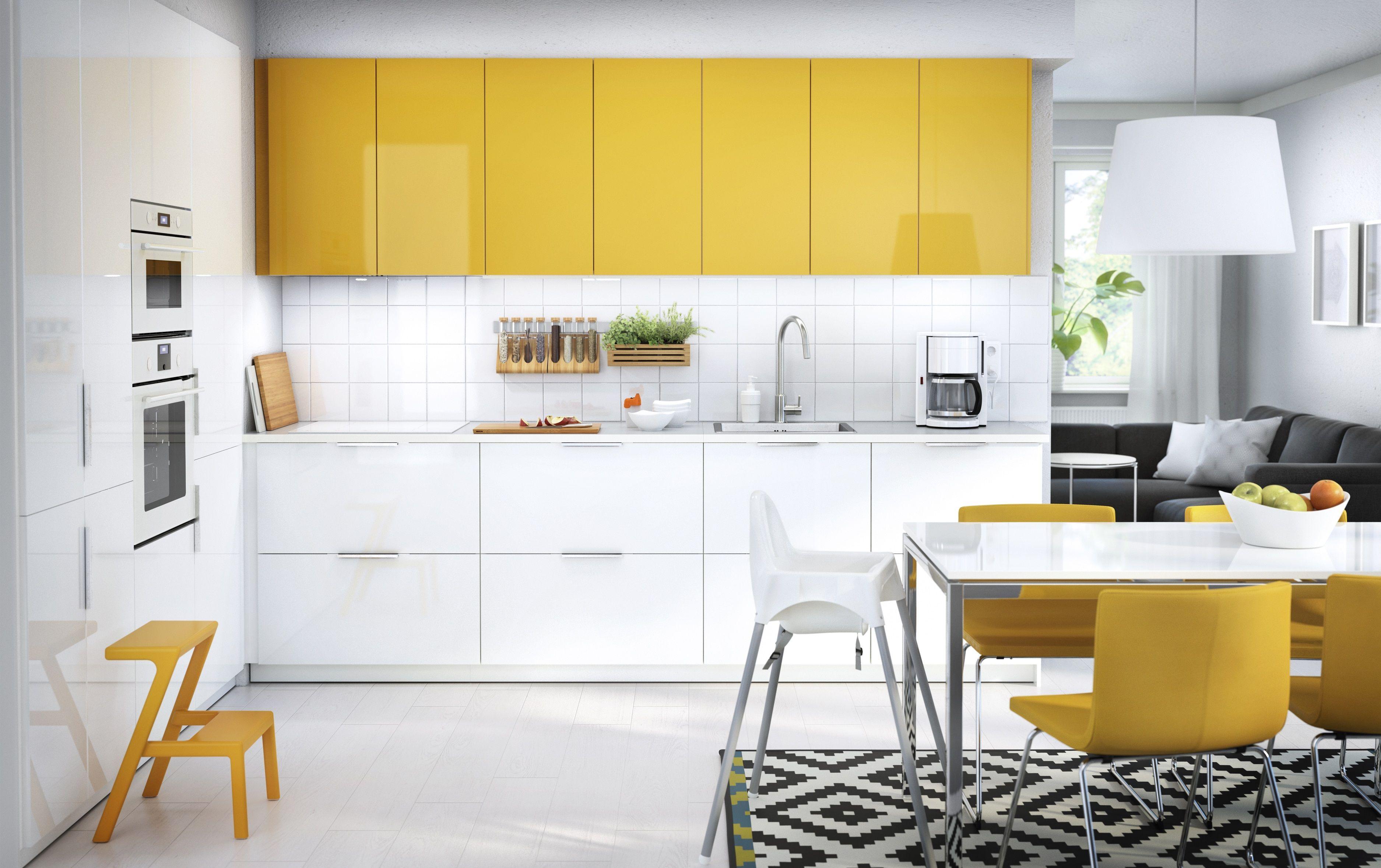 METOD keuken | #IKEA #IKEAnl #geel #modern #hoogglans #wit ...
