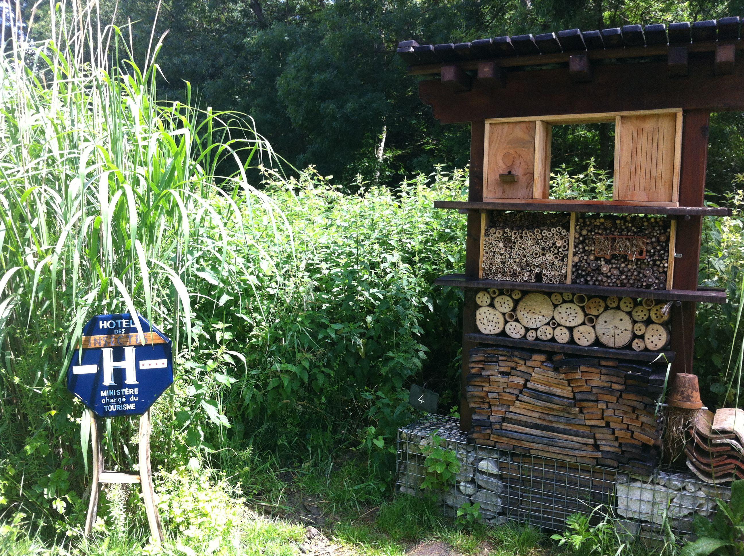 L\'hôtel à insectes du Jardin Respectueux de l\'Yeuse : écologique ...