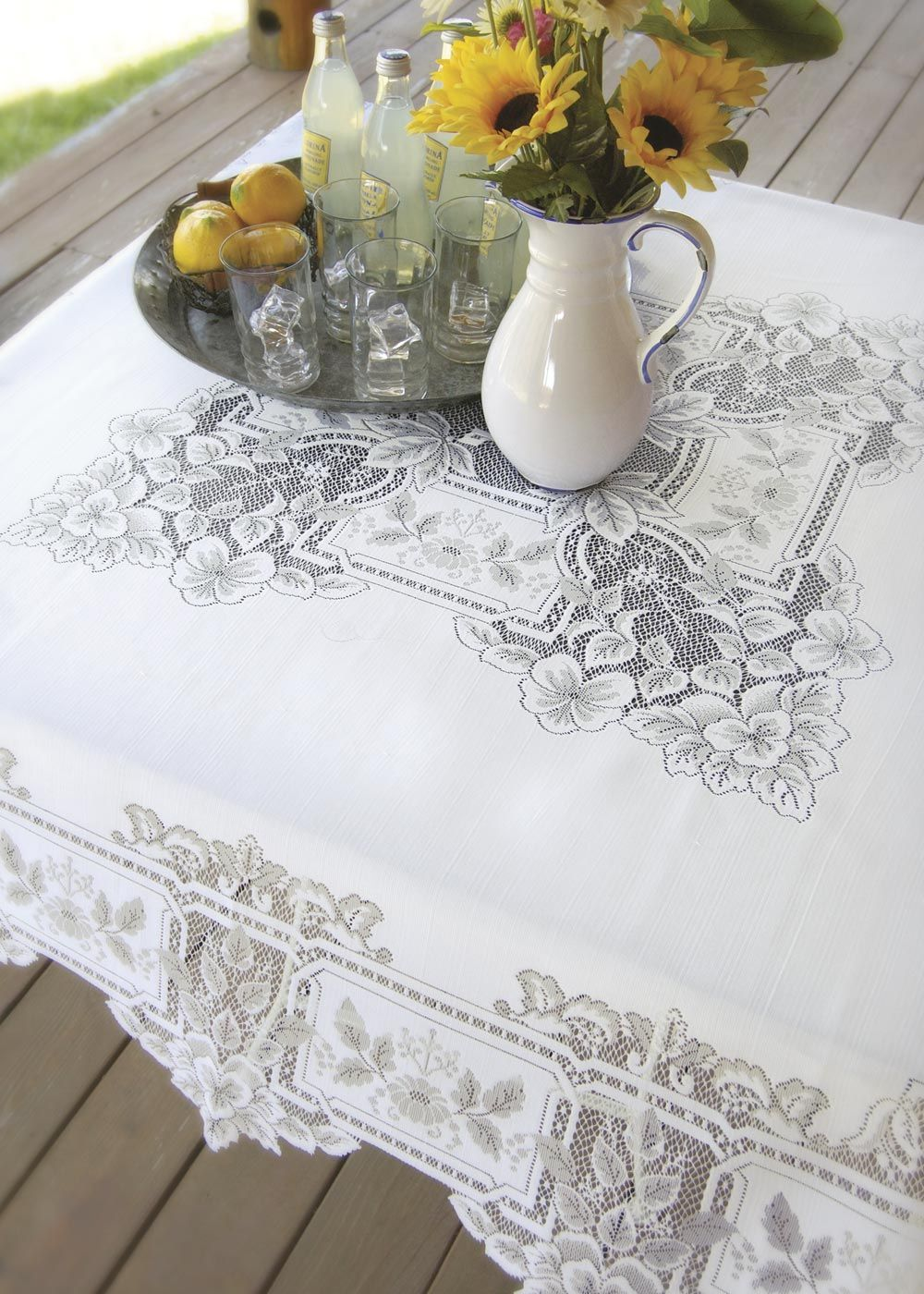 Heirloom Square Lace Tablecloth By Heritage Lace. #wedding #lace #decor