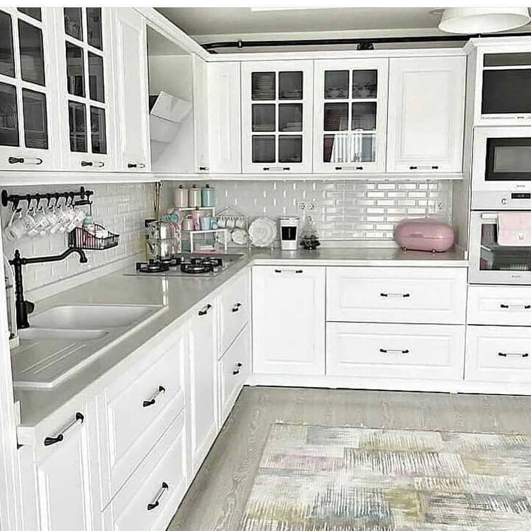 """DEKOR & DÜZEN on Instagram: """"• • • • •Mutfağa en çok beyaz yakışıyor diyenler için. Harika Mutfak En Çok Musluğa Bayıldım😍😍Siz Nasıl Buldunuz Yorumlarınızı Bekliyorum…"""""""