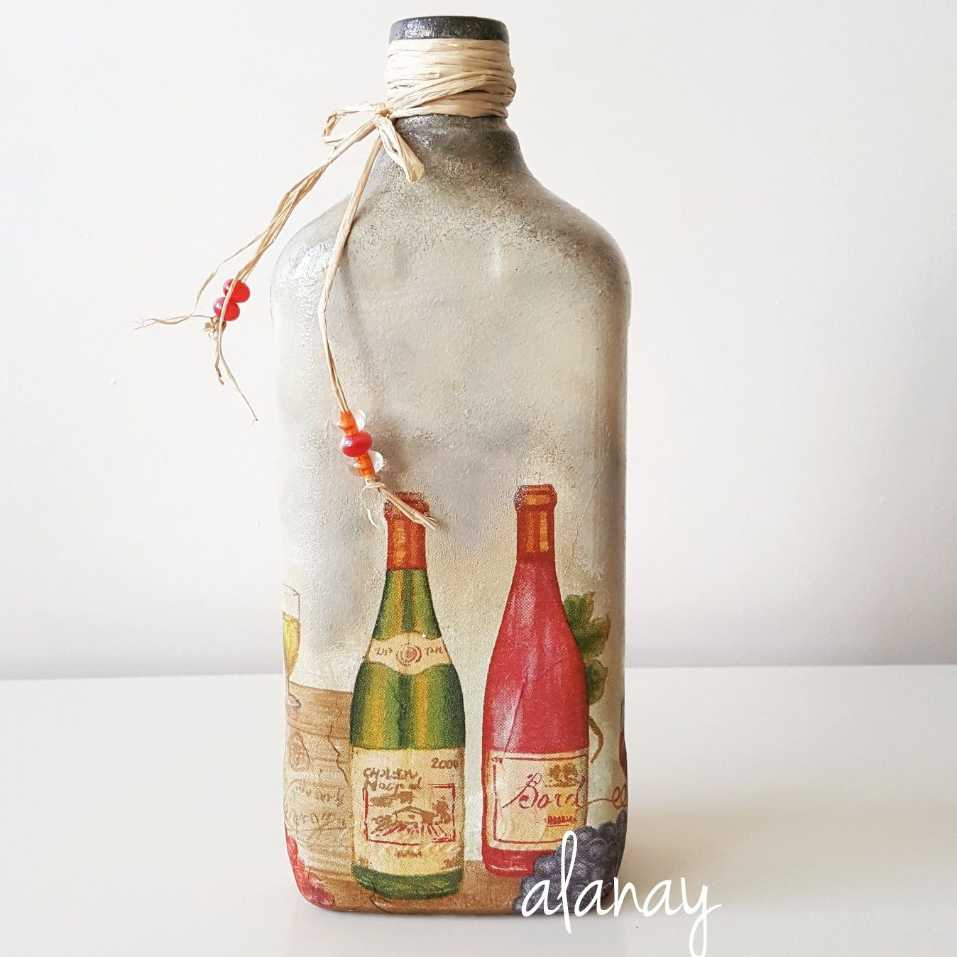 Bottle Painting Pin by Gricelia Assis on
