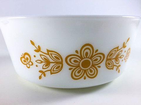 Vintage Pyrex Butterfly Gold Cinderella Casserole Milk Glass White Bowl 472-B 750ml