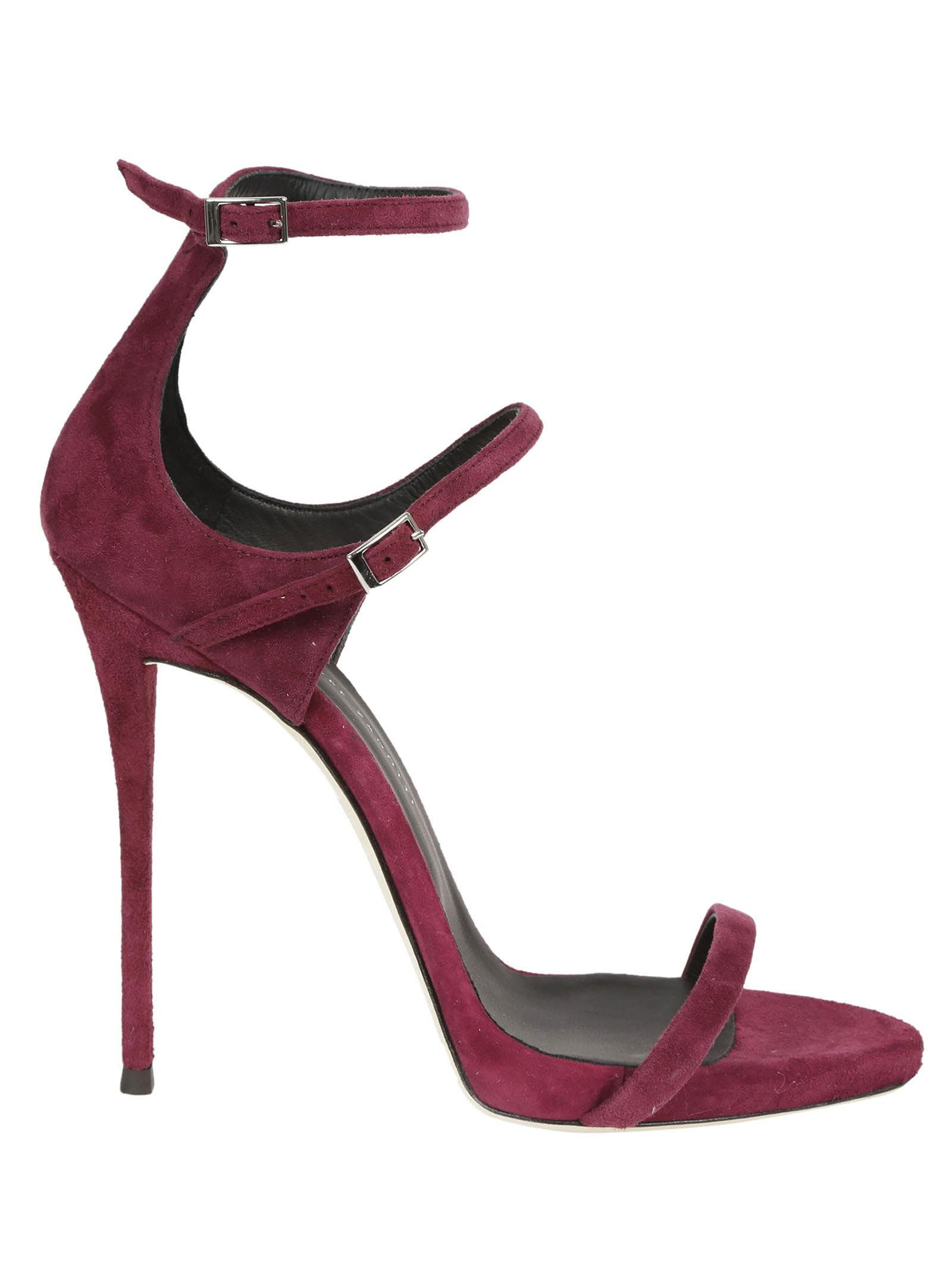 GIUSEPPE ZANOTTI DARCIE SANDALS. #giuseppezanotti #shoes #
