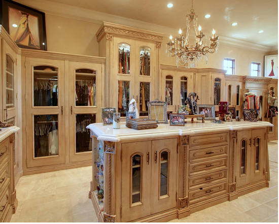 Walking Closets In Mansions | ... Closets From Houzz Com An Amazing Walk In