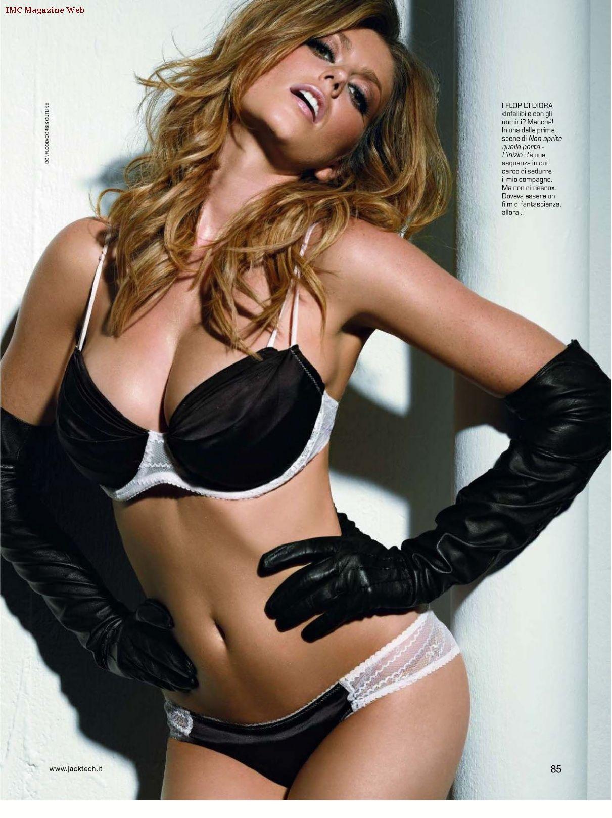 Snapchat Diora Baird nude (55 photo), Sexy, Sideboobs, Feet, underwear 2006