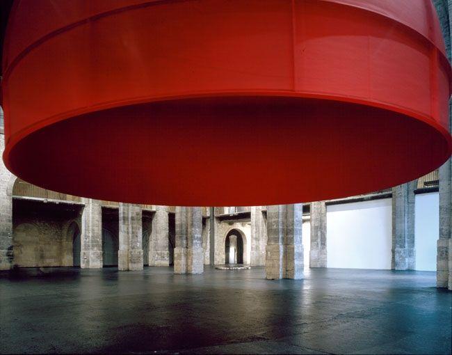 ANISH KAPOOR CAPC Bordeaux 1998
