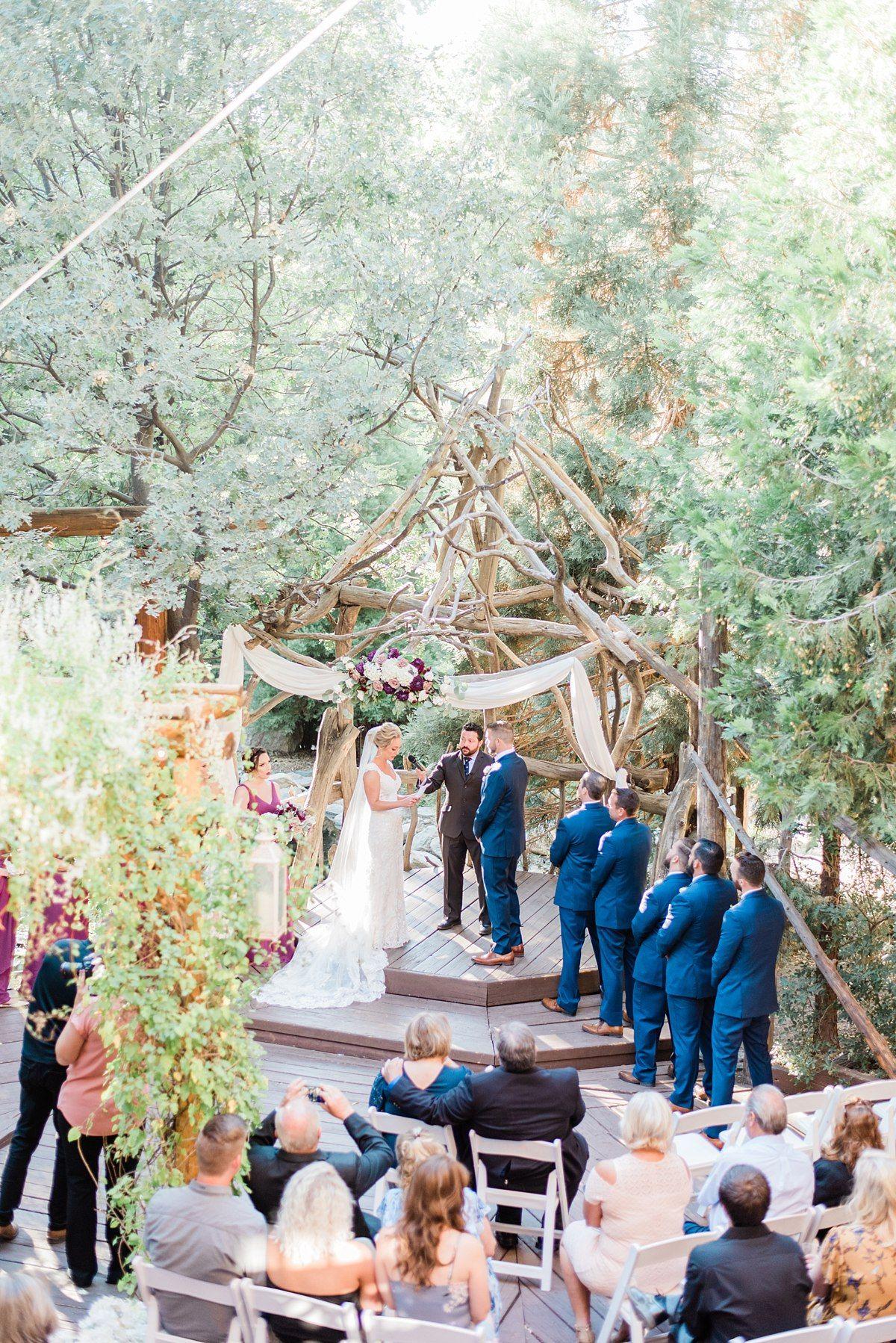 Stunning Wedding Venue Ceremony Location Lake Arrowhead Modern Wedding Ceremony Rose Wedding Decorations Elegant Modern Wedding