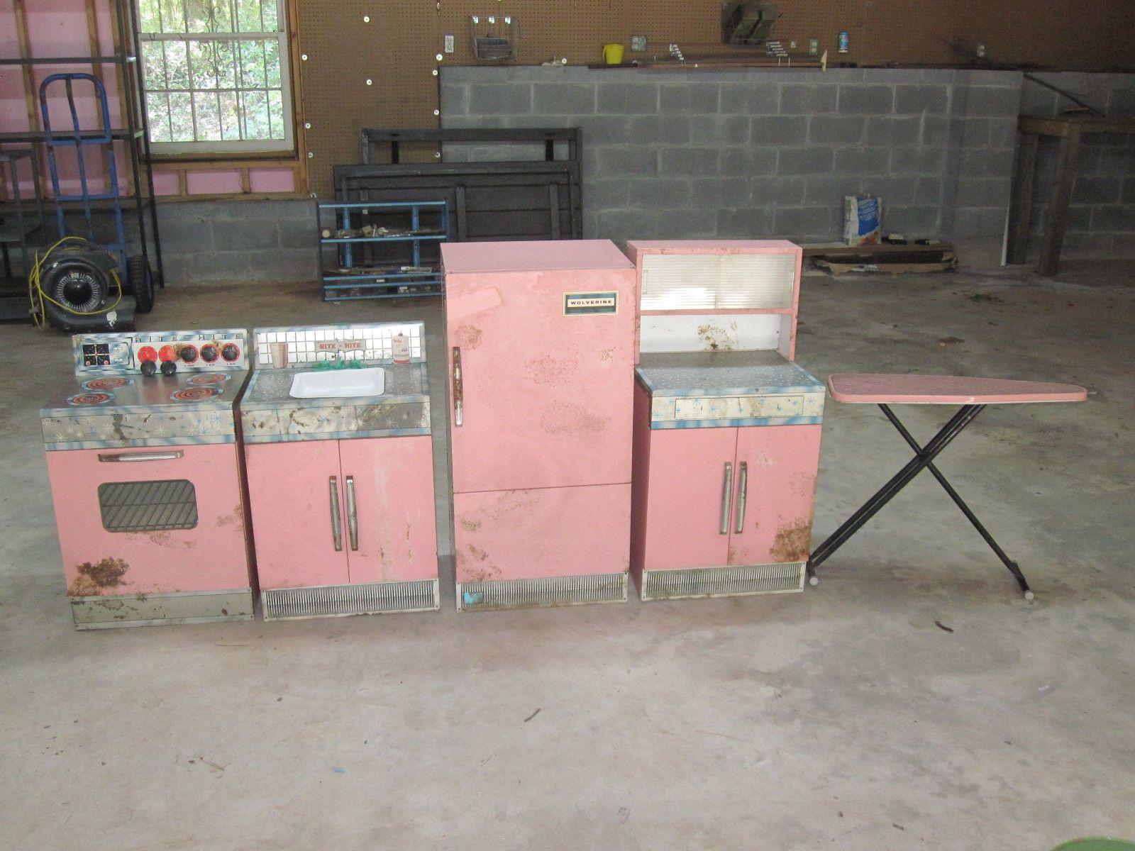 Vintage Antique Wolverine Pink Metal Kitchen Set Childs 5