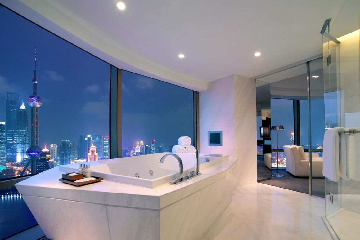 This is what a bathtub view in the new 432 Park Avenue building in ...