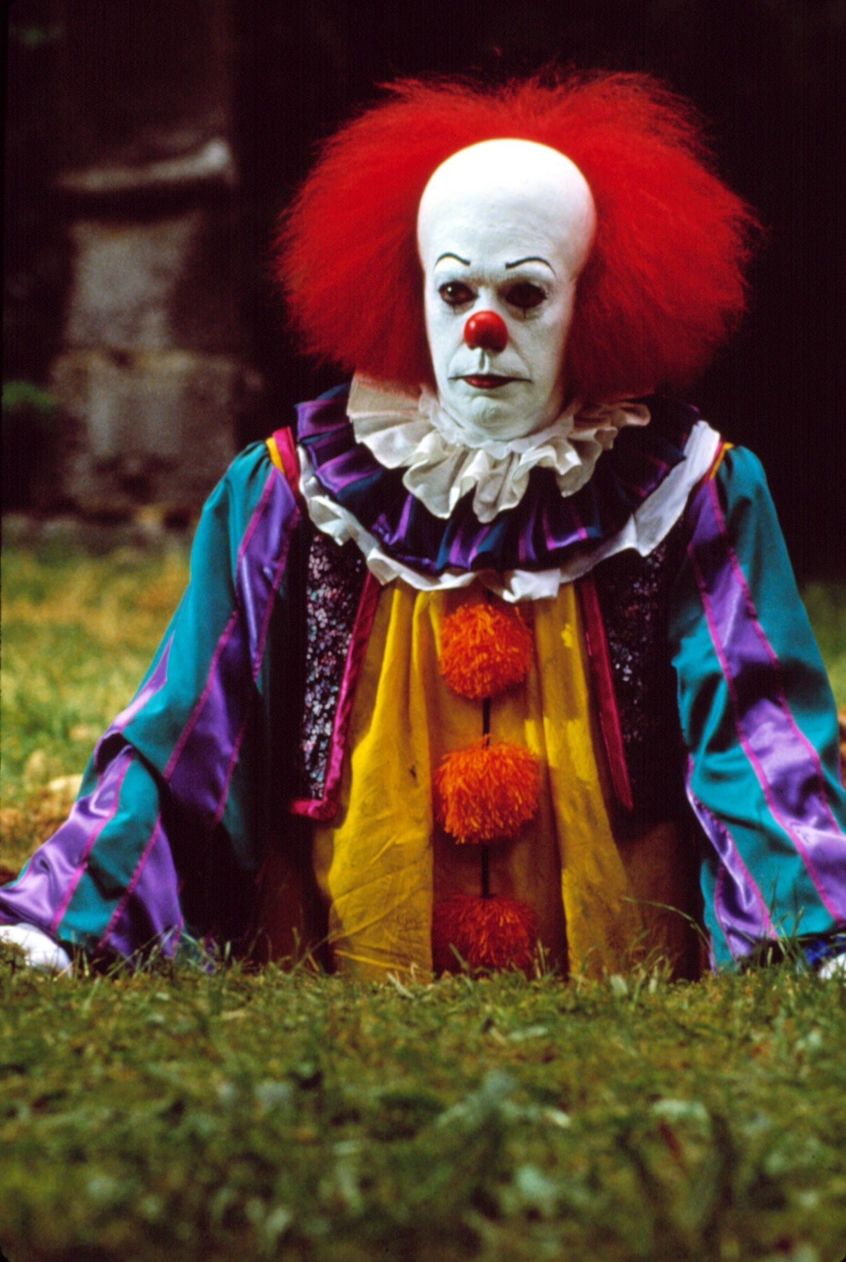 pennywise the clown from it played by tim curry