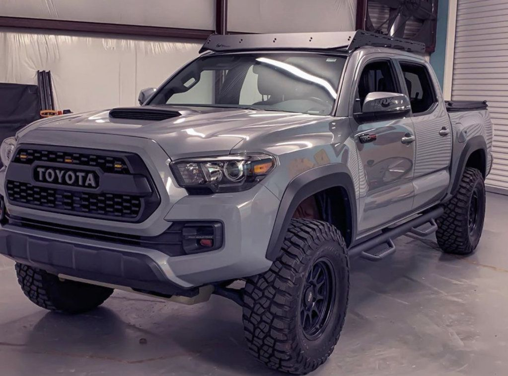 2018 Pro Revtek leveling kit with 285/75r16 tires in 2020