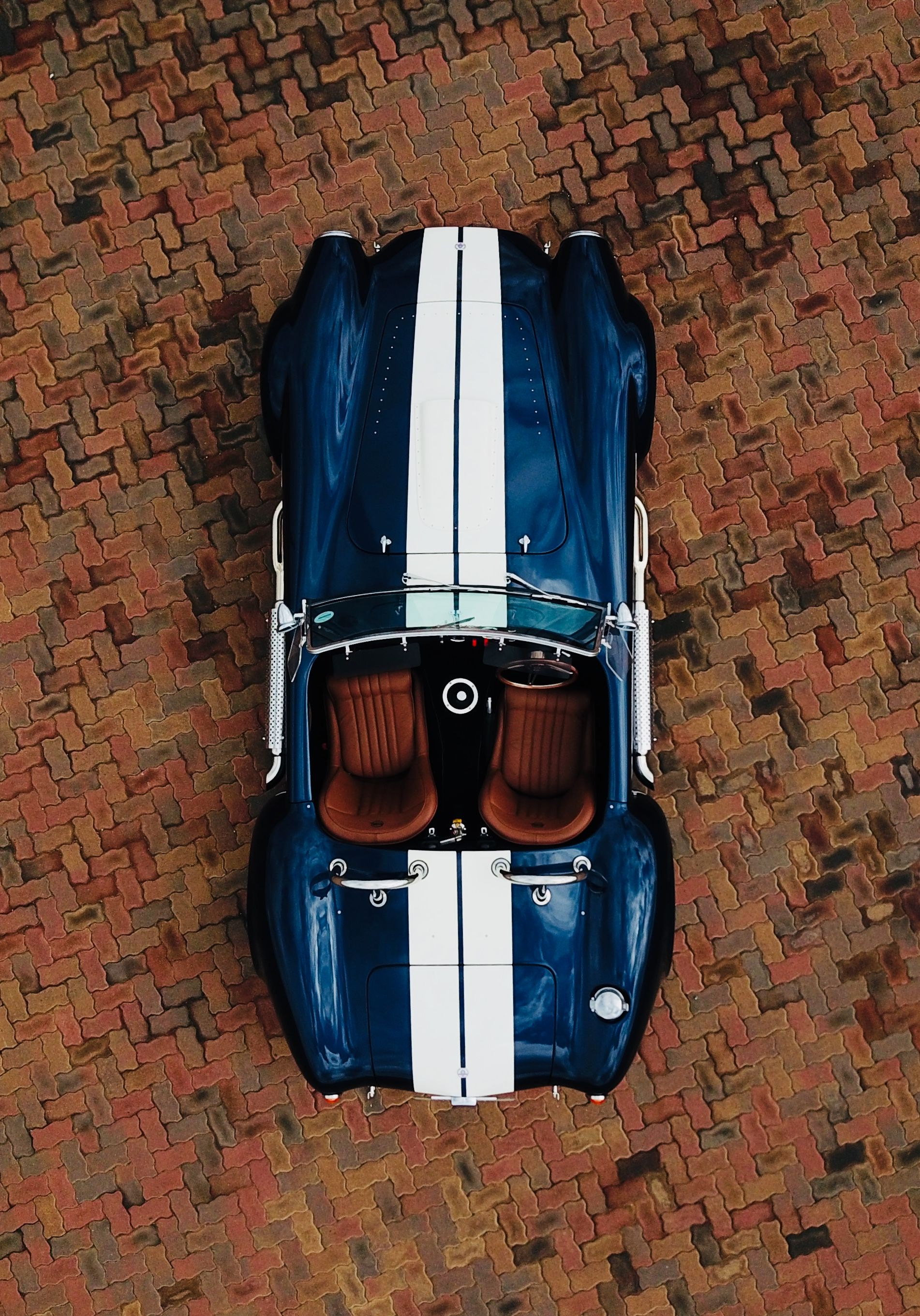 Backdraft Rt3 Cobra Indigo Blue With Wimbledon White Stripes Amaro Brown Leather Seats Black Interior Carpeting Shelby Cobra Shelby Gt350r Baby Car Seats